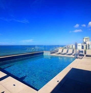 piscina cobertura hotel