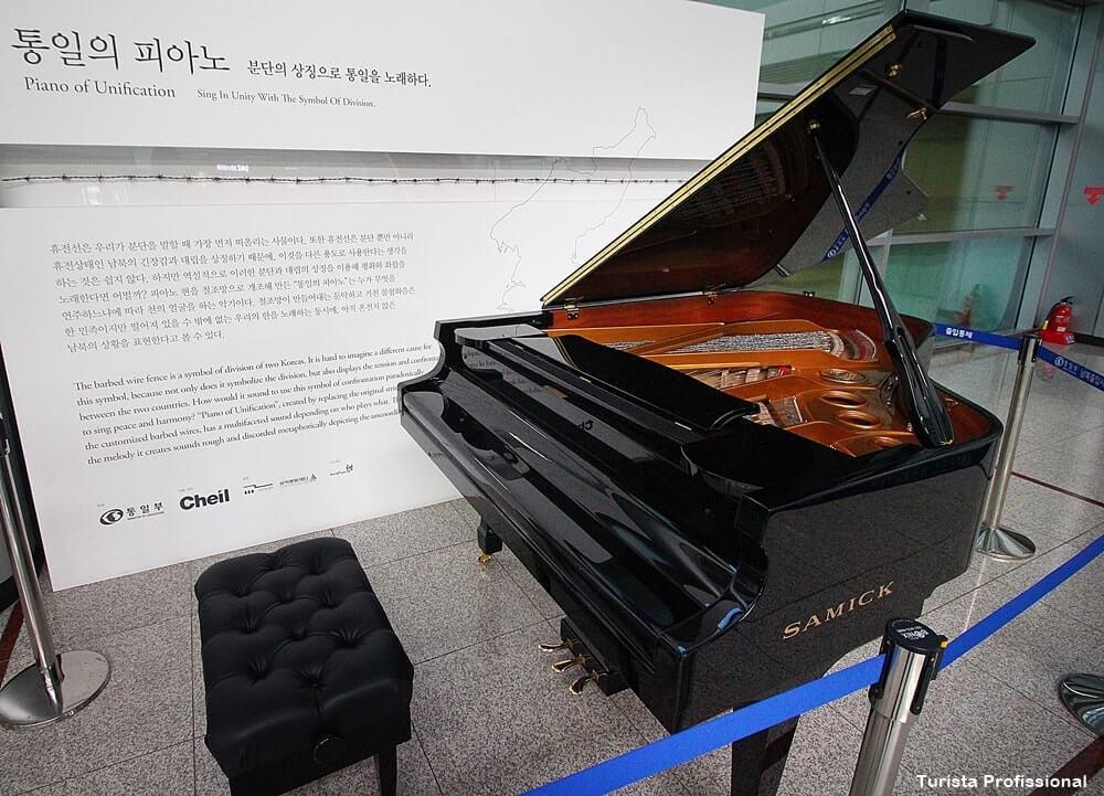 Piano símbolo da separação das Coreias