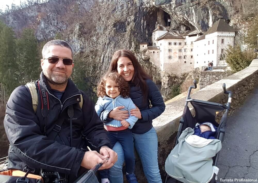 turista profissional 2 - Castelo de Predjama na Eslovênia