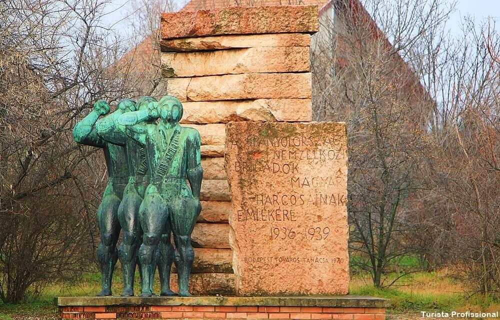 dicas de budapeste memento parque - Memento Park: o museu das estátuas de comunistas de Budapeste
