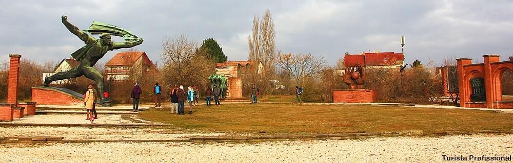 memento park budapeste - Memento Park: o museu das estátuas de comunistas de Budapeste