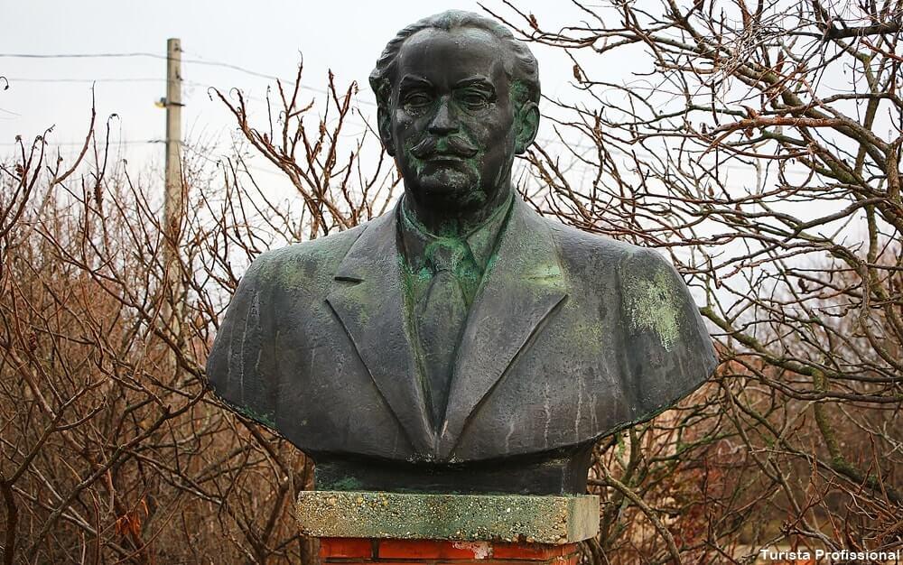 o que ver em budapeste - Memento Park: o museu das estátuas de comunistas de Budapeste