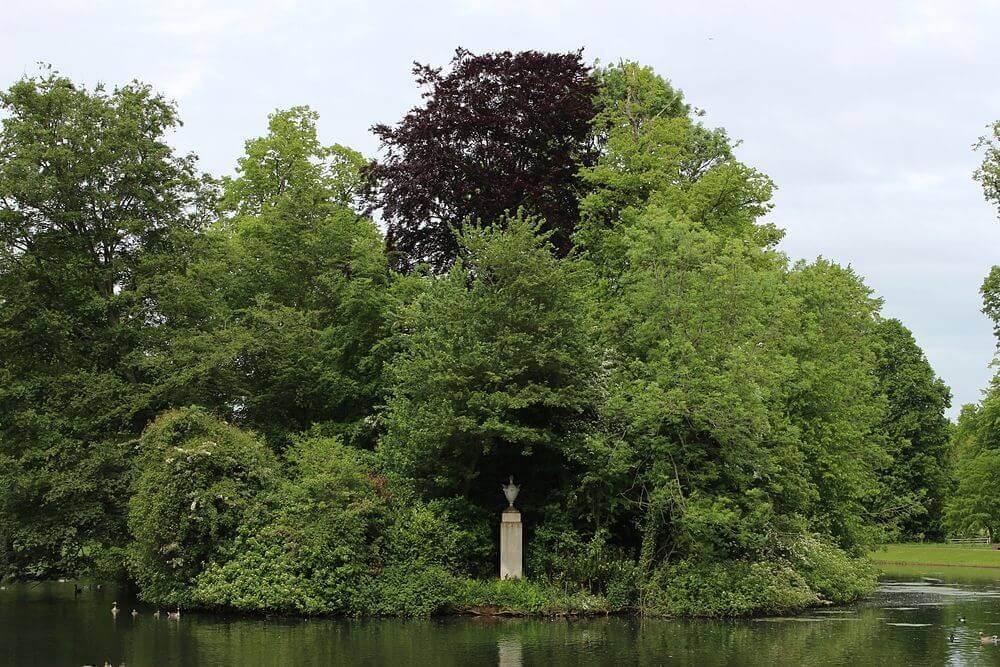 tumulo da diana - Conheça atrações ligadas à Família Real Britânica na Grã-Bretanha