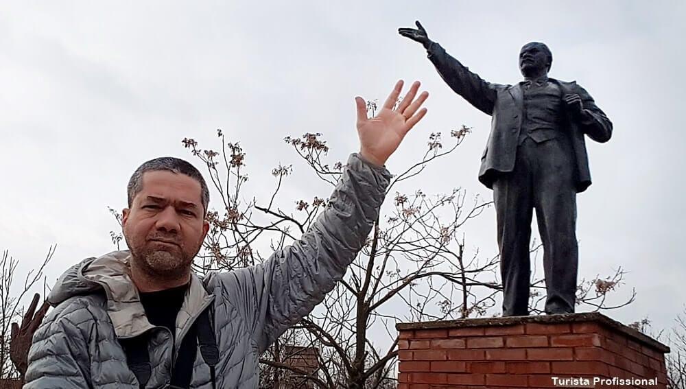 turista profissional 2 - Memento Park: o museu das estátuas de comunistas de Budapeste