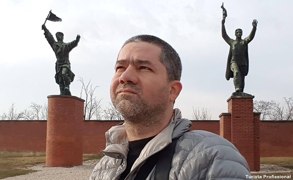 turista profissional 4 - Memento Park: o museu das estátuas de comunistas de Budapeste