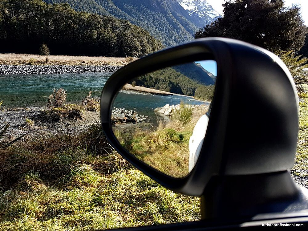 como é dirigir na Nova Zelândia