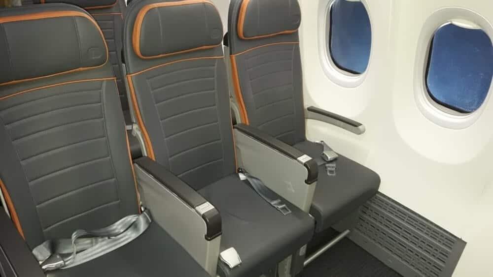 lançamento do Boeing 737 MAX 8