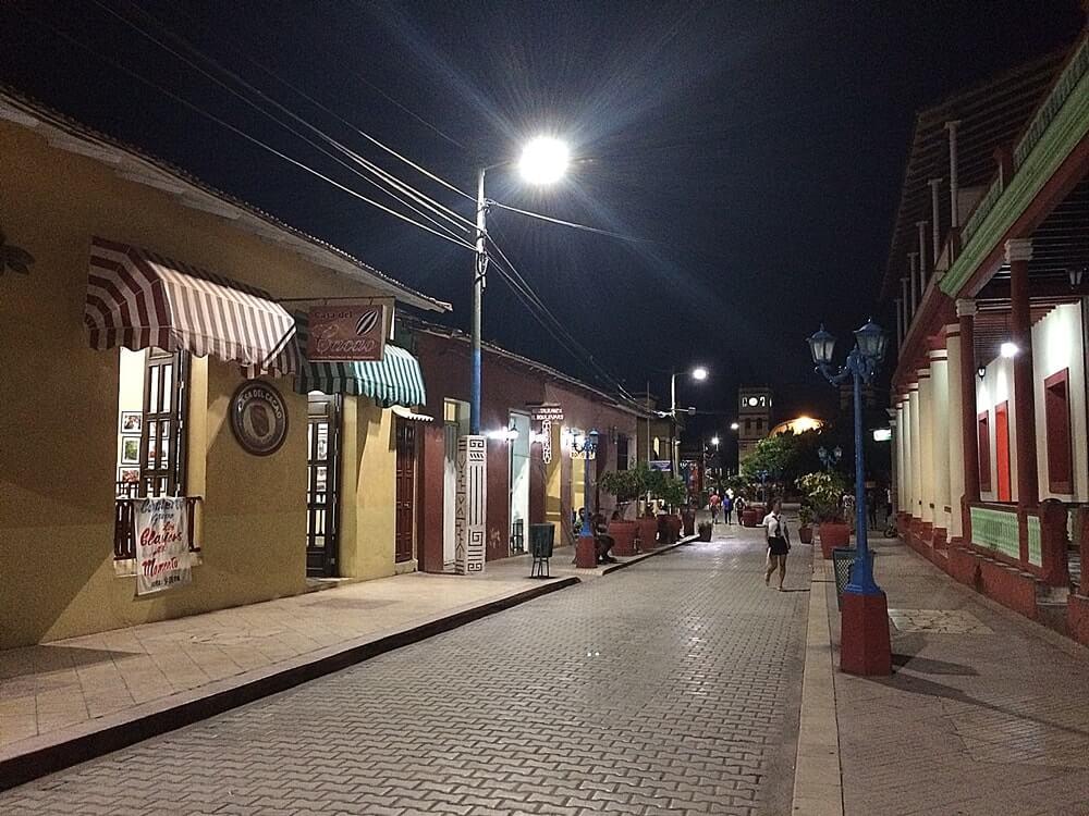 noite em cuba - Como é viajar para Cuba sozinha