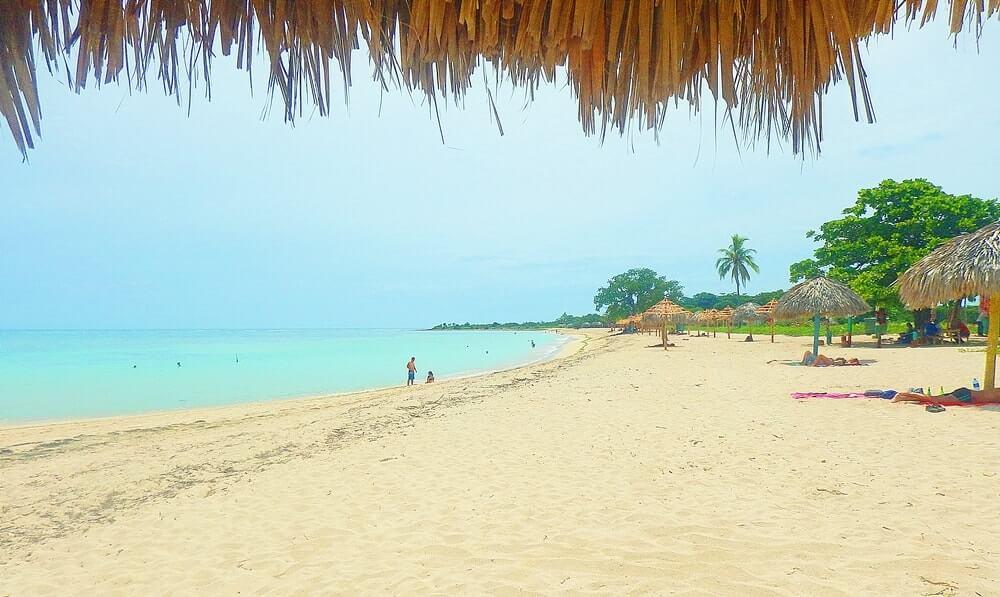 praia Ancón em Cuba