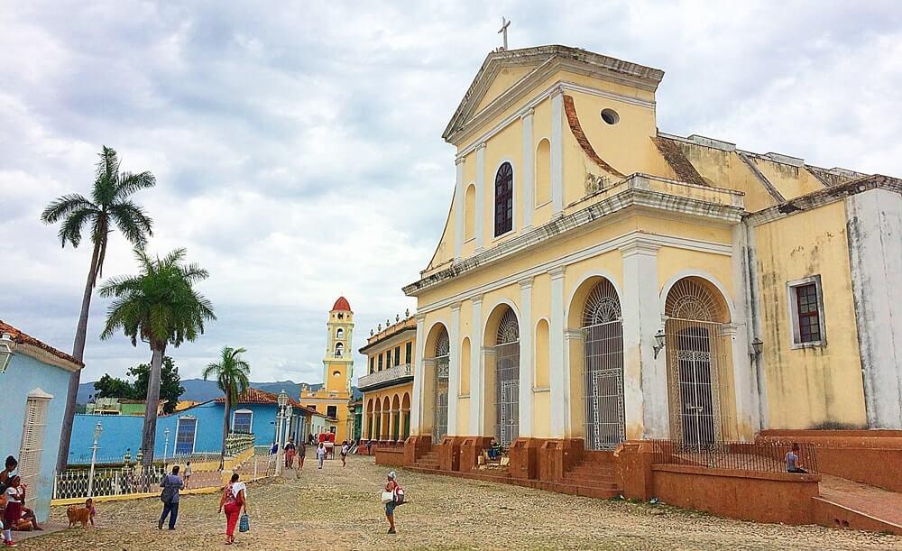 trinidad plaza mayor cuba - Que moeda levar para Cuba (câmbio e outras dicas)