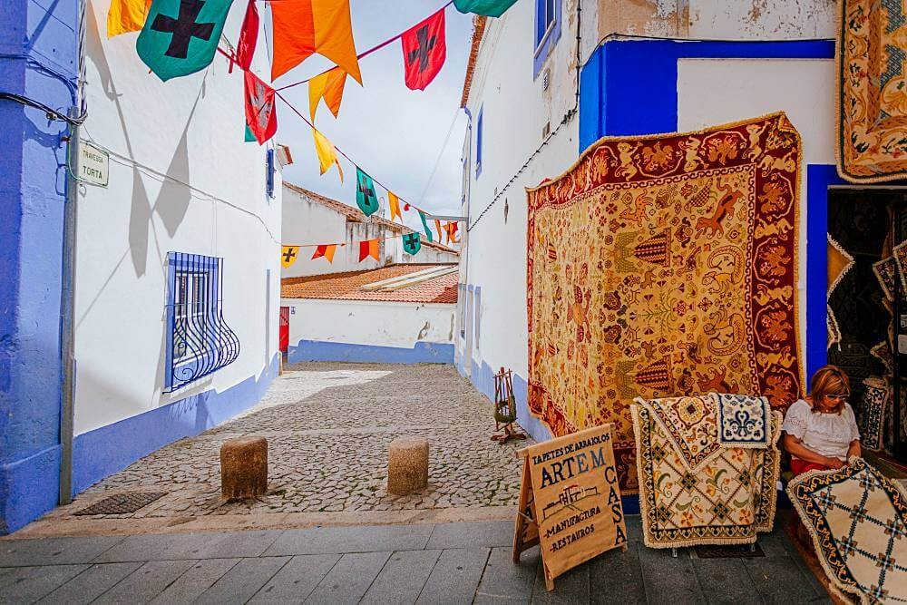 tapetes de Arraiolos em Portugal