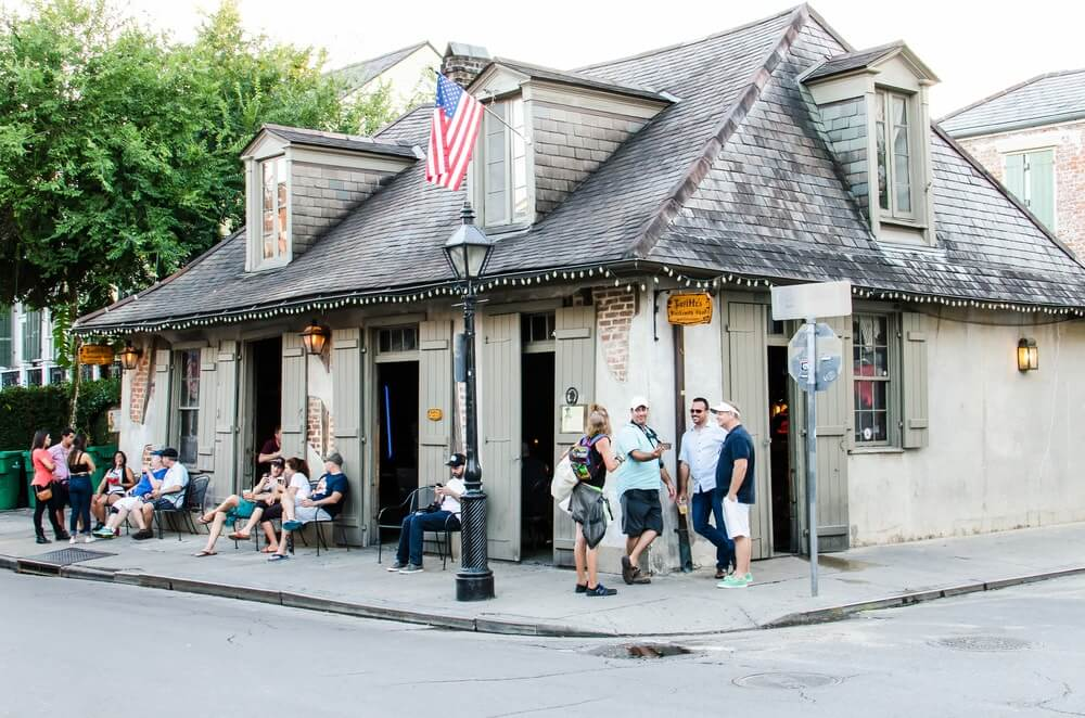 bar mais antigo dos eua - Como é a vida noturna em New Orleans