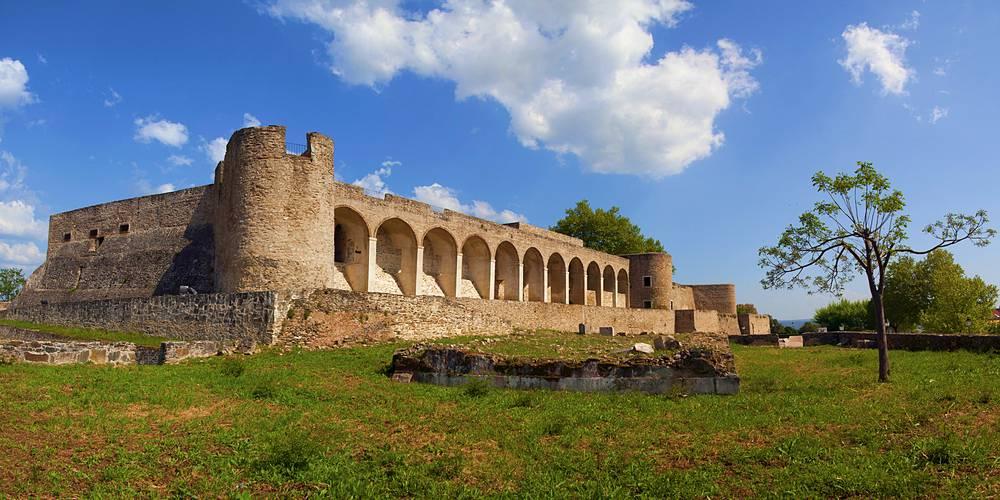 castelo de abrantes em portugal - 10 castelos em Portugal que você precisa visitar
