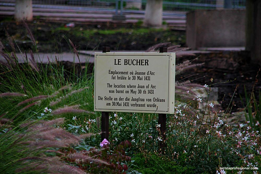 cidade onde Joana D'Arc morreu