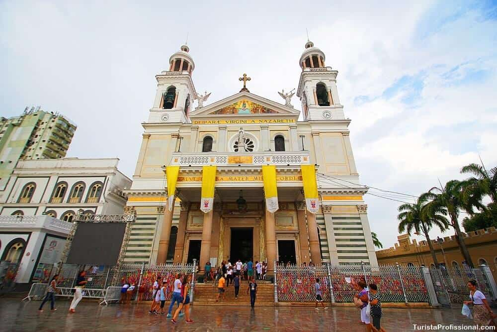 basilica de nazare - Círio de Nazaré em Belém: o que é e como é o  - roteiro completo