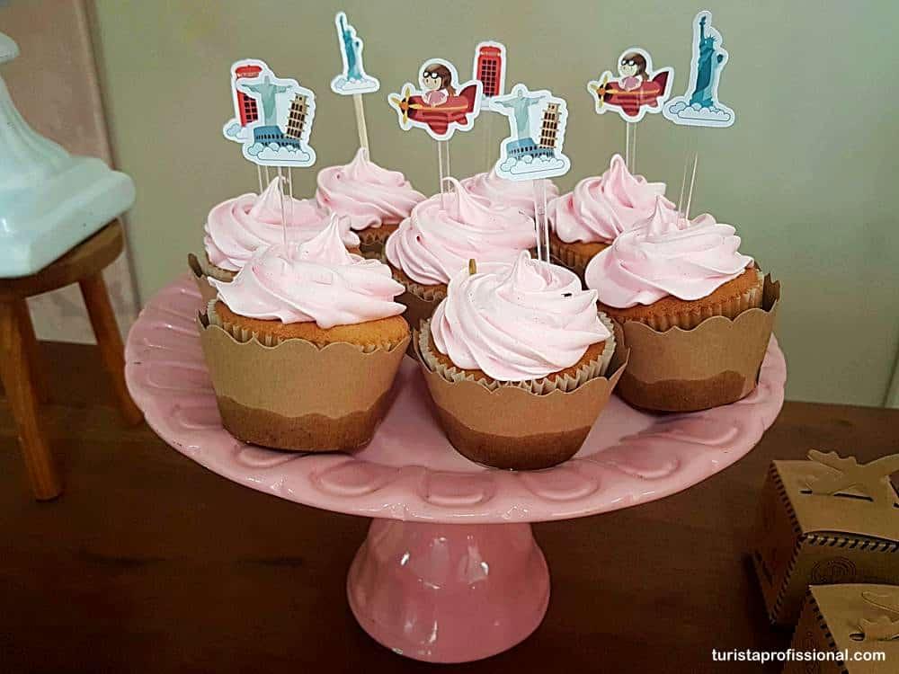 cup cakes com tema viagem