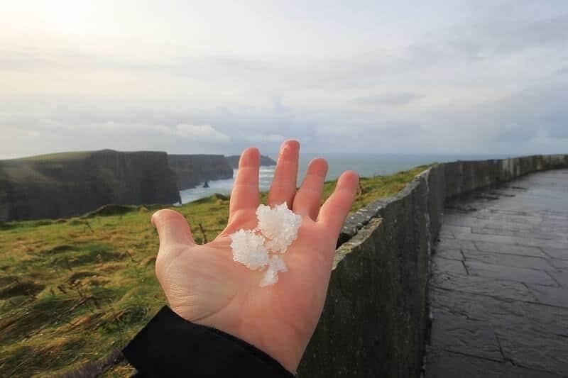 Inverno na Irlanda e chuva de granizo