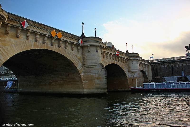 pont neuf paris - Passeio de barco pelo rio Sena em Paris: vale a pena?