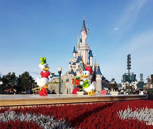 Disneyland Paris com bebê e criança