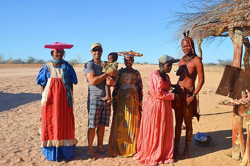 aldeia aricana na Namíbia