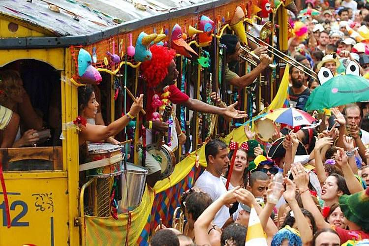 carnaval de rua - Os mais tradicionais blocos de carnaval no Rio de Janeiro: história e programação