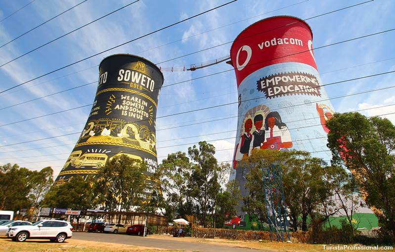 torres ed Soweto na África do Sul