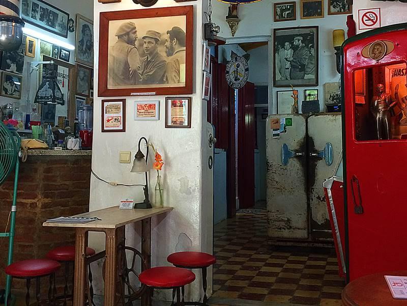 Cafe Revolucion Cuba - O que fazer em Santa Clara, Cuba: roteiro de um dia