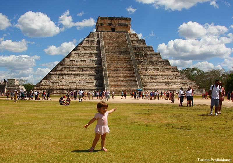 Chichen Itzá com crianças e bebÊs