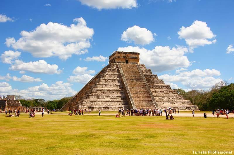 Pirâmide Kukulcán em Chichén Itzá