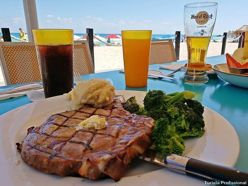 Hard Rock Café Cancún
