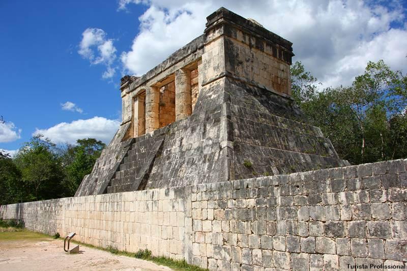 sítio arqueológico no México