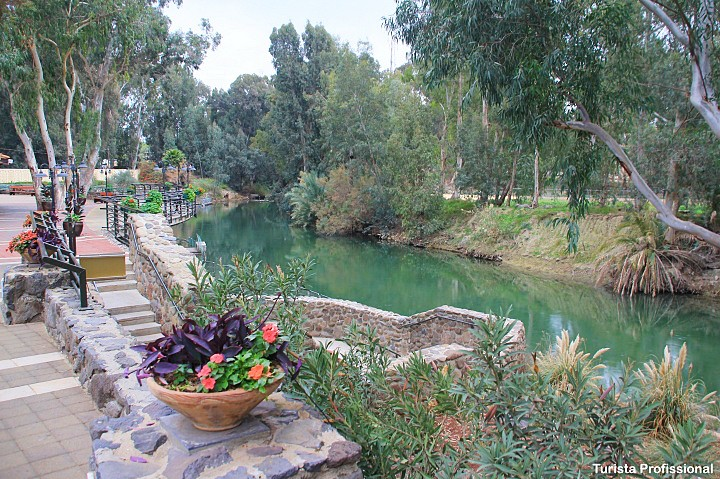 Batismo de Jesus em Israel - Rio Jordão - visita ao local do batismo de Jesus