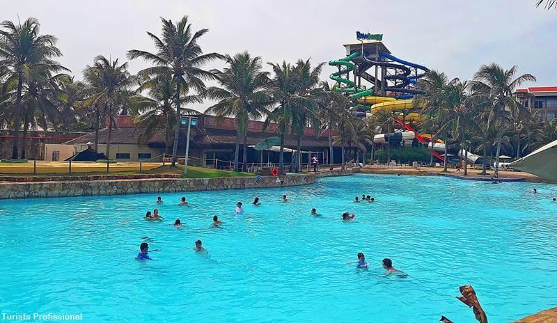 piscina do beach park em fortaleza - Dicas para visitar o Beach Park Fortaleza