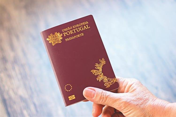 portugal passaporte - Seguro Viagem para Portugal: é obrigatório?