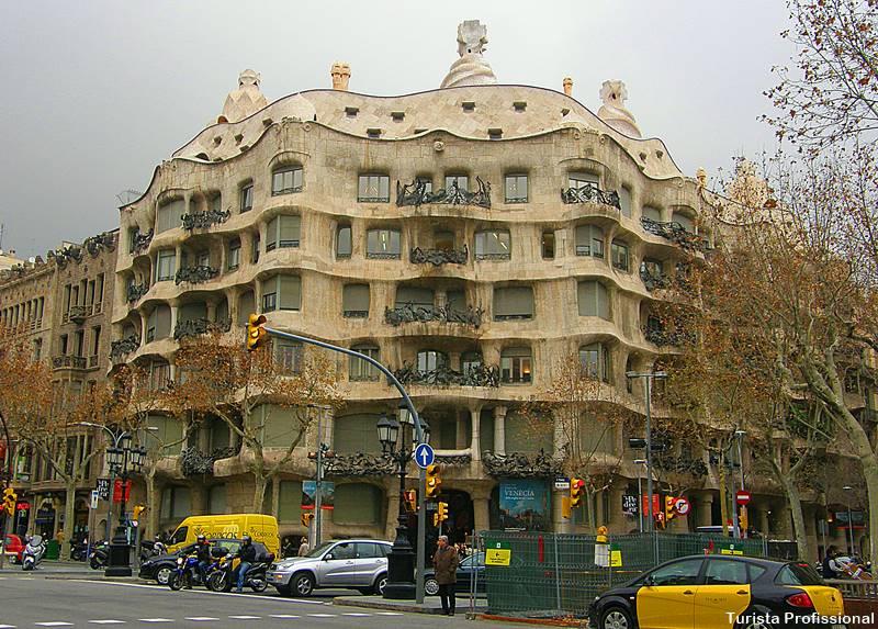 Casa Mila La Pedrera Barcelona - O que fazer em Barcelona: os principais pontos turísticos!