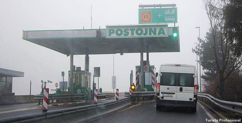 como chagar a Postojna