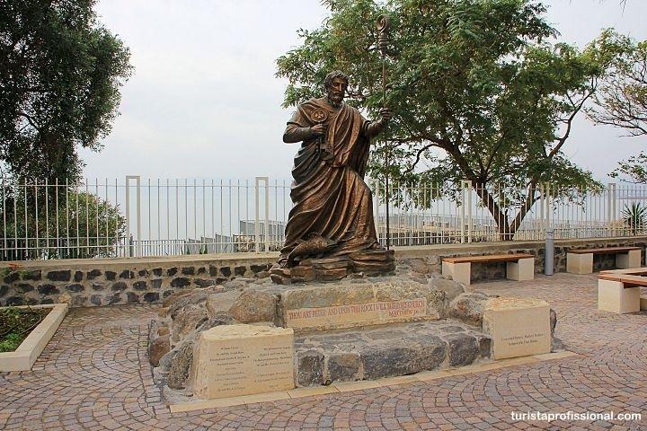 Estatua de Pedro - Cidade de Cafarnaum, Israel: o que fazer e como chegar