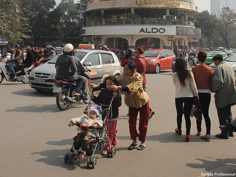 Como é o trânsito do Vietnã