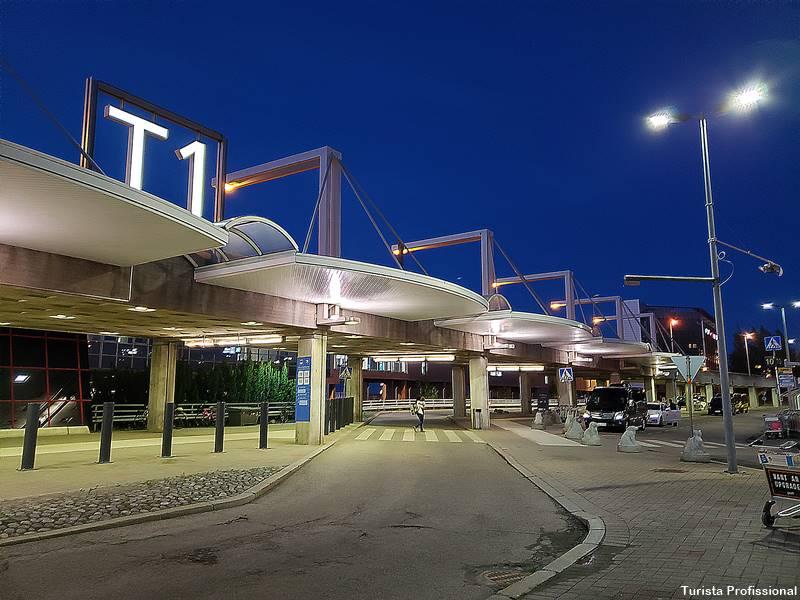 onde pegar o uber no aeroporto de helsinque