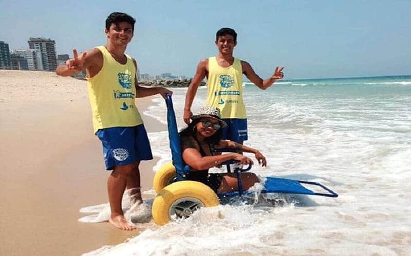 praia acessível para todos em Copacabana