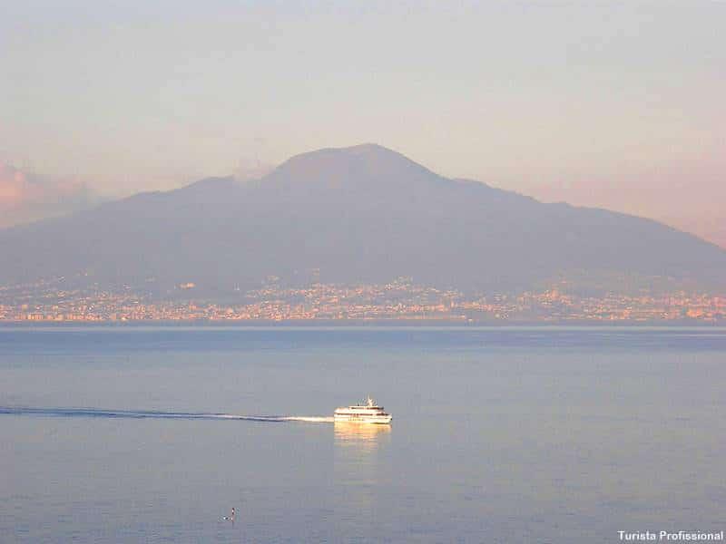 Vista do Vesúvio a partir de Sorrento