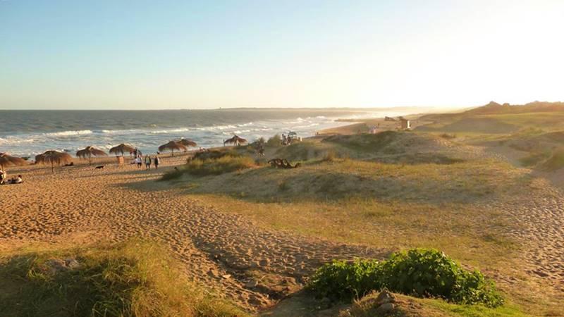 praia do barco em la Pedrera no Uruguai