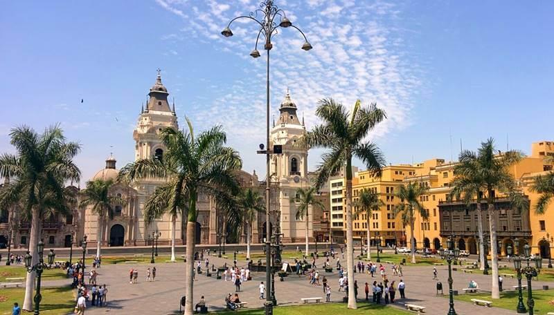 plaza armas lima pixabay - O que fazer em Lima: lugares imperdíveis na capital peruana