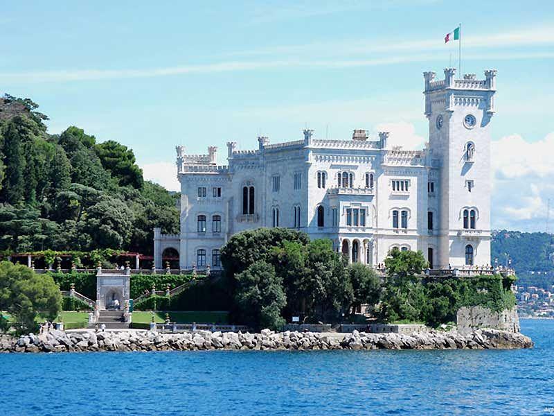 Castelo de Miramare em Triste - Friuli Venezia Giulia, descubra essa região da Itália