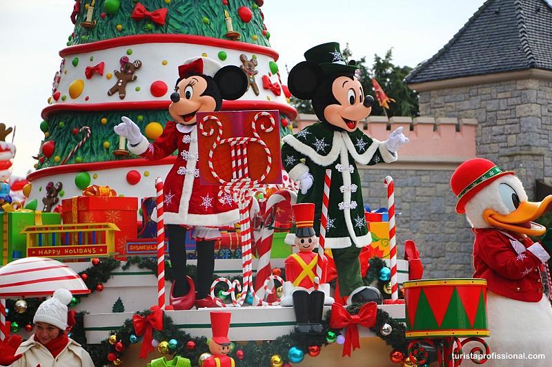 Parada na Disney de Paris - Disney Paris: dicas para uma viagem perfeita!