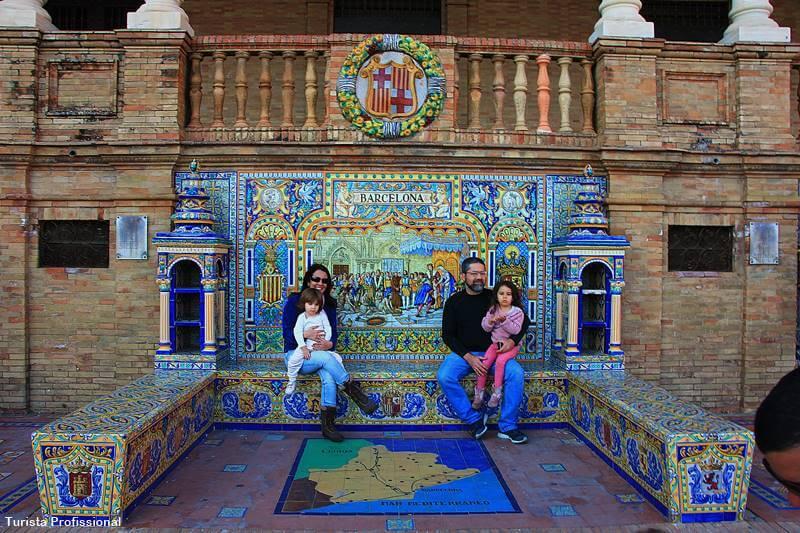 bancos da praca de espanha sevilha - Cidades da Espanha: 15 destinos para se apaixonar!