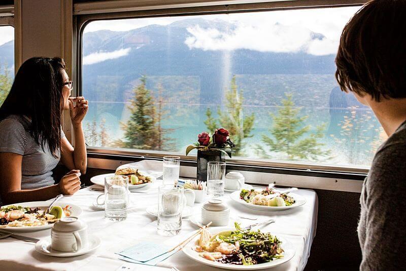 Alimentacao no The Canadian - The Canadian: dicas práticas para cruzar o Canadá de trem
