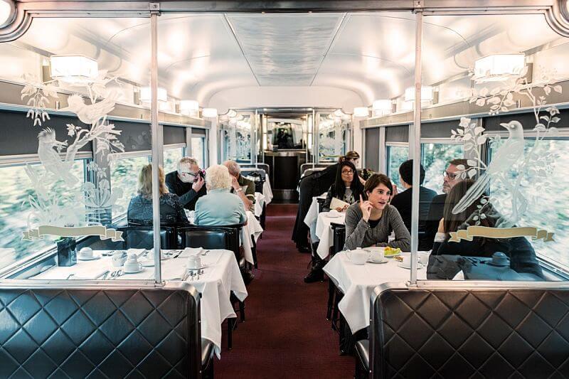 Vagao restaurante do The Canadian viagem de trem pelo Canada - The Canadian: dicas práticas para cruzar o Canadá de trem