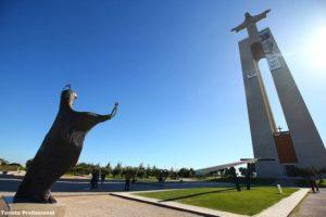 Cristo Rei em Alfama Portugal