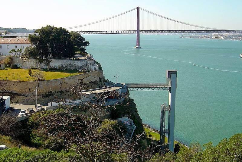 miradouro boca do vento almada - Almada, Portugal